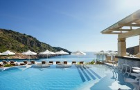 Hotels With Child-Friendly Swimming Pools - Smith & Family