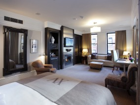 Exclusive longer stays: 4 nights for the price of 3