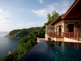 Cliff Pool Villa